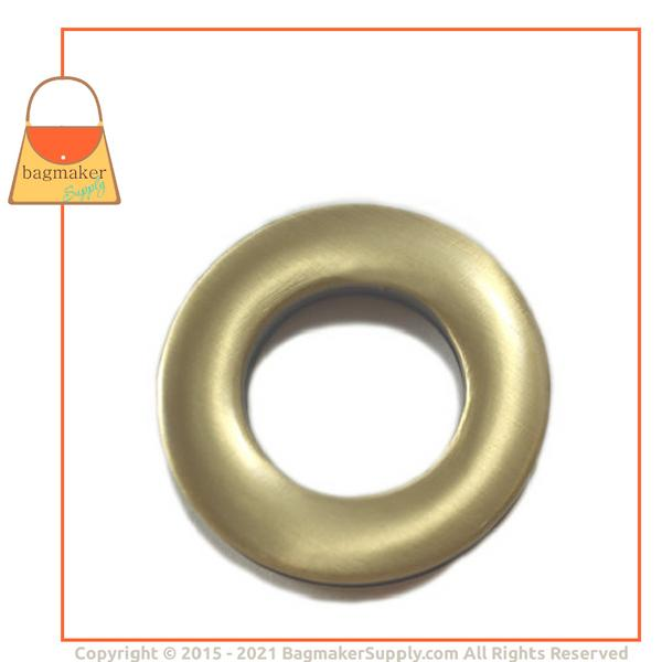 Representative Image of 7/8 Inch Round Screw Back Eyelet, Light Antique Brass / Antique Gold Finish (EGR-AA020))