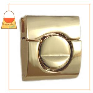Representative Image of 1-1/4 Inch Square Tuck Catch Clasp, Gold Finish