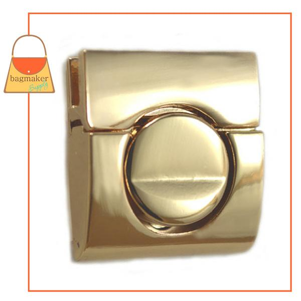 Representative Image of 1-1/4 Inch Square Tuck Catch Clasp, Gold Finish (CSP-AA017))
