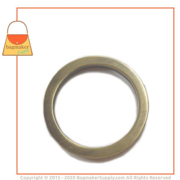 Representative Image of 1-1/2 Inch Flat Cast O Ring, Light Antique Brass / Antique Gold Finish (RNG-AA101))